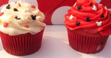 Mickey Mouse Marble Cupcakes colorful dessert