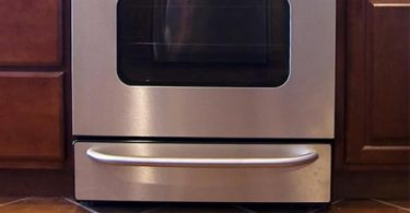How to clean stainless steel appliances it's a million dollar question for every kitchen. Stainless steel appliances look great in the kitchen, but they're prone to showing hard water marks and fingerprints.