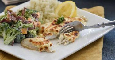 Healthy Dinner Idea-Flaky Parmesan Tilapia-tasteandcraze.com