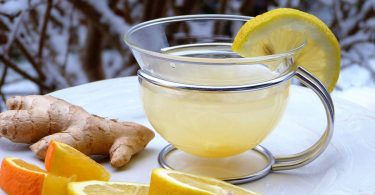 Apple, Ginger And Lemon Makes the Most Powerful Colon Cleanser, It'll Flush Pounds Of Toxins From Your Body!